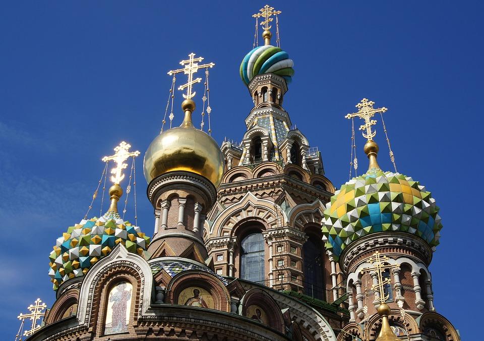 Една от най-красивите църкви в Санкт петербург